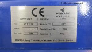 Tabliczka znamionowa kompresora.
