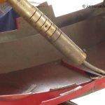 Jak naprawić pekniety zderzak - naprawa mocowań