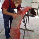 Jak naprawić pęknięty zderzak - szpachlowanie