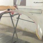 Jak naprawić pęknięty zderzak - podkładowanie podkładem akrylowym